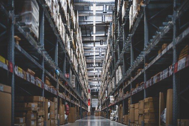 קניה ומכירה של סטוקים של מוצרים וסחורות